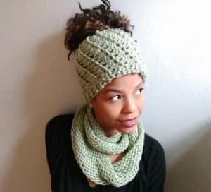 crochet messy bun hat free patten